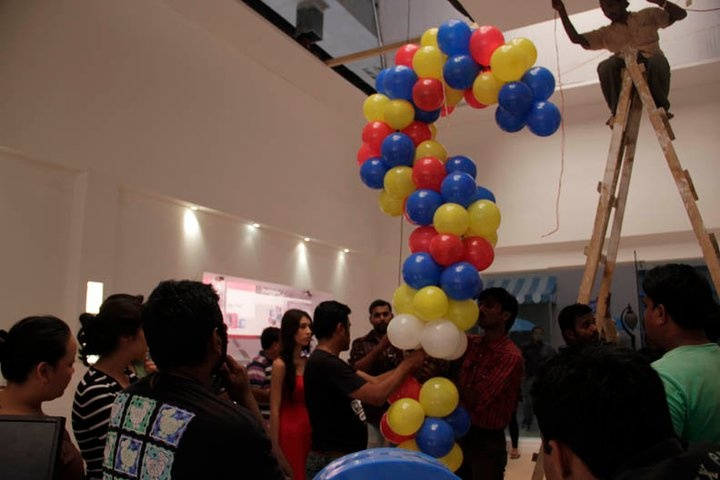 The balloons were fitted with a micro electrical circuit where they busted once the girl got her answers.
