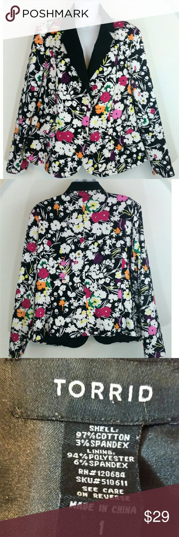 SOLD!!!  Torrid Floral Blazer Multi-Color Plus Size 1 on Poshmark! My username is: styleyourself. #shopmycloset #poshmark #fashion #shopping #style #forsale #torrid #Jackets & Blazers