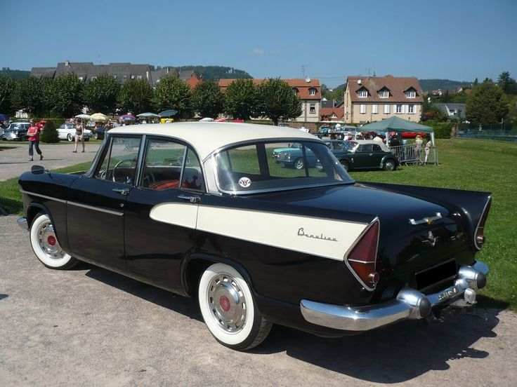 1957-'61 Simca Vedette Beaulieu