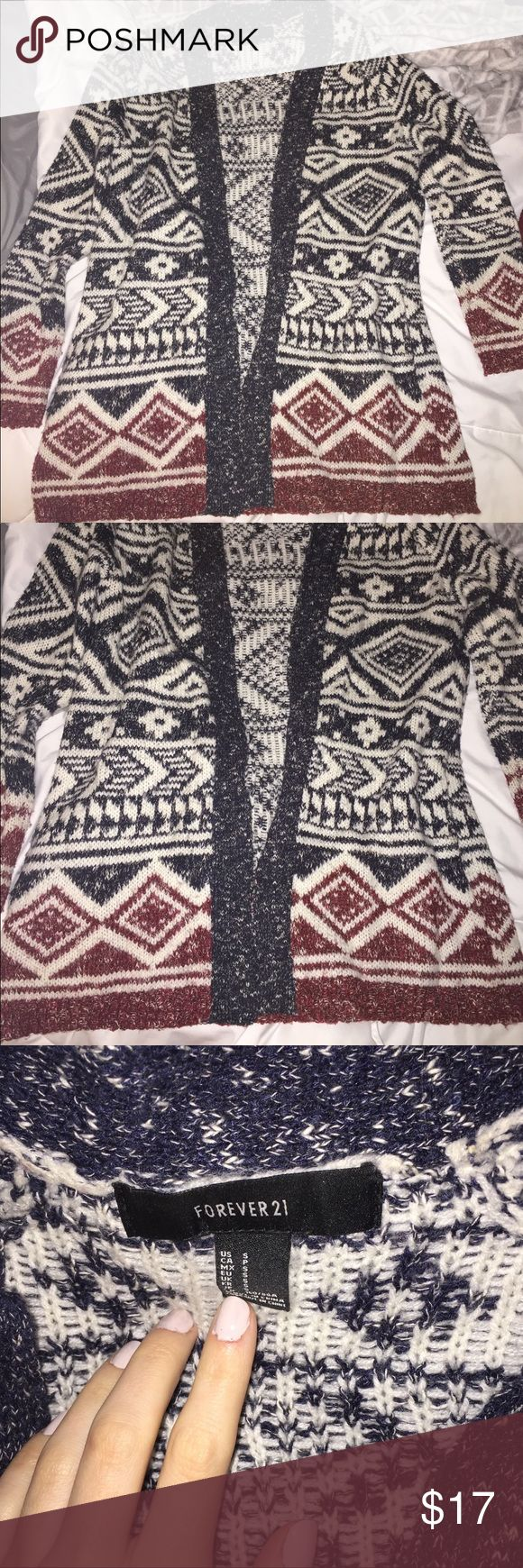 Forever 21 Aztec print cardigan Aztec print cardigan from forever 21. Has pockets. Forever 21 Sweaters Cardigans