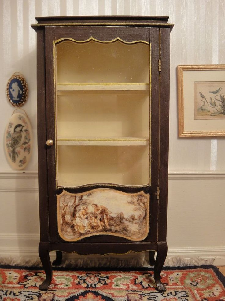 Artisan Janet Reyburn S Hand Painted Curio Cabinet