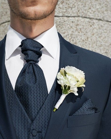 Trouwpak voor de bruidegom. Verkrijgbaar in de Honeymoon menshop. http://www.honeymoonshop.nl/bruidegom/