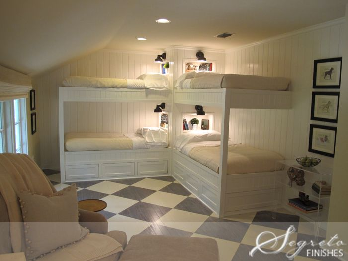 double bunks - very nice  also love the beadboard on the walls with the bunks  Segreto - Fine Paint Finishes and Plasters - Plaster - Houston TX - Decorative