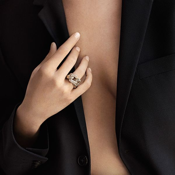 belmont ring in gold with diamonds