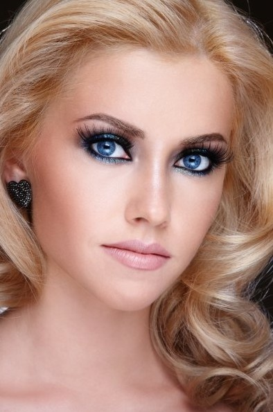 Bridal Makeup For Blue Green Eyes : 445 best images about Wedding thing thangs! on Pinterest ...