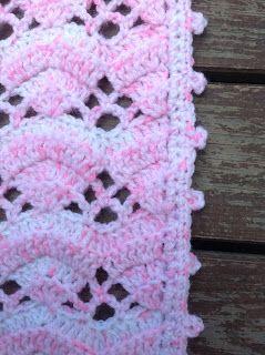 free blanket, free crochet blanket, Free Crochet Pattern, Free Patterns, Baby blanket, baby girl blanket, CrochetShellStitch, Shell Stitch,