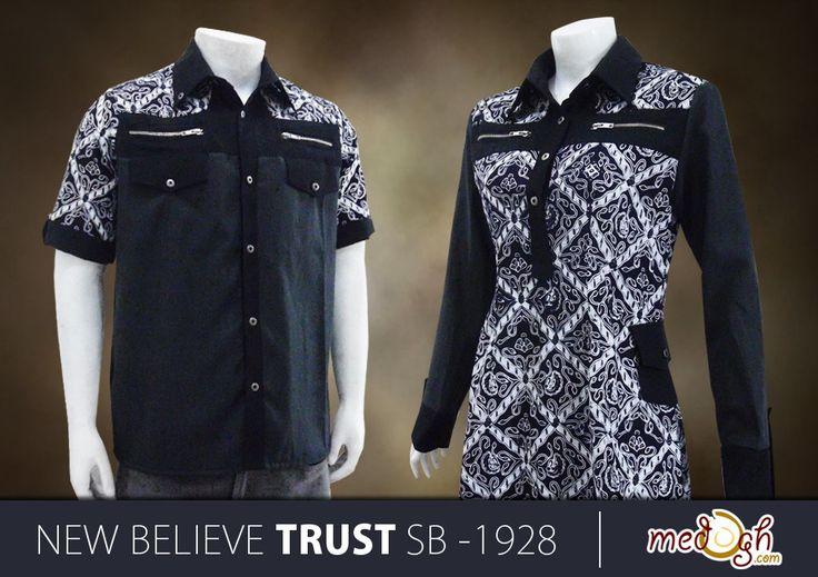 kamu bisa pakai sarimbit batik Medogh nuansa elegan warna hitam New! Believe Trust ini untuk kondangan atau acara formal seperti ke kantor :) Diorder Yuk :)