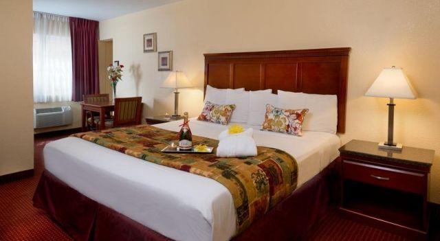 Marina Inn and Suites-Airport-Gaslamp-Zoo - 2 Star #Motels - $49 - #Hotels #UnitedStatesofAmerica #SanDiego #DowntownSanDiego http://www.justigo.tv/hotels/united-states-of-america/san-diego/downtown-san-diego/marina-inn-and-suites_90399.html