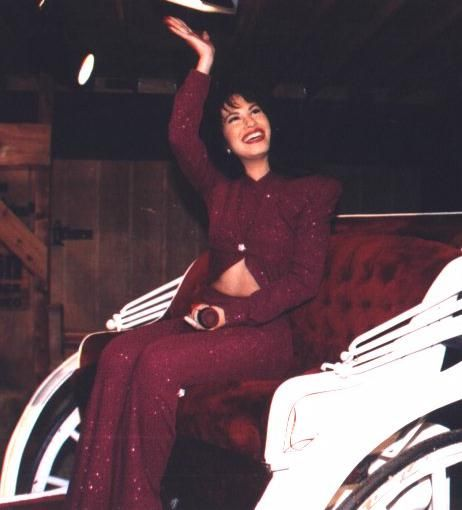 "selena quintanilla concert pictures | Yet I said to myself, ""This is the crossover act I'm looking for ..."