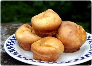 Filhóses de forno : beignets portuguais cuits au four fourrés au citron(en français)