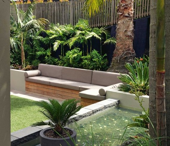 Townhouse tropical courtyard garden google search for Tropical courtyard garden design