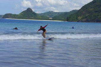 surf en indonesie