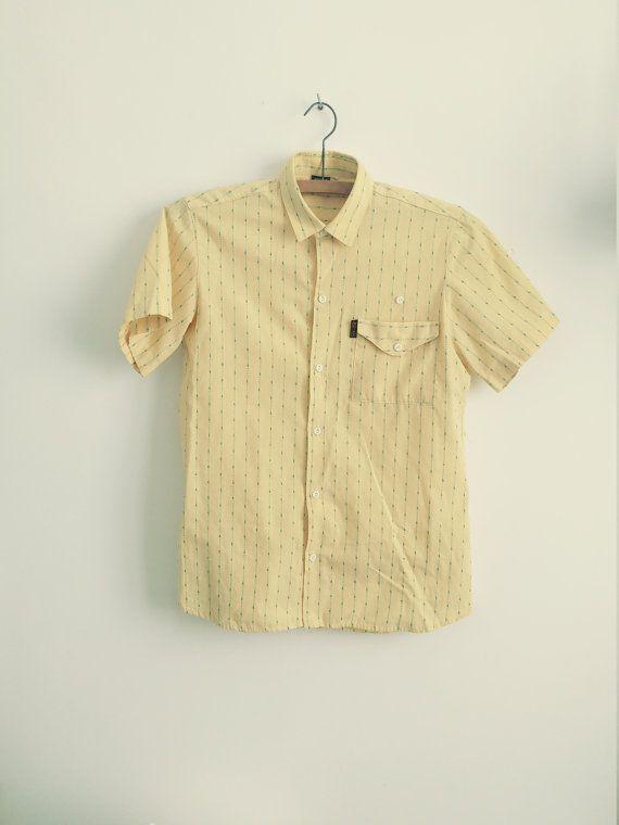 Camisa hombre manga corta. Camisa amarilla vintage por AnnaBolenna