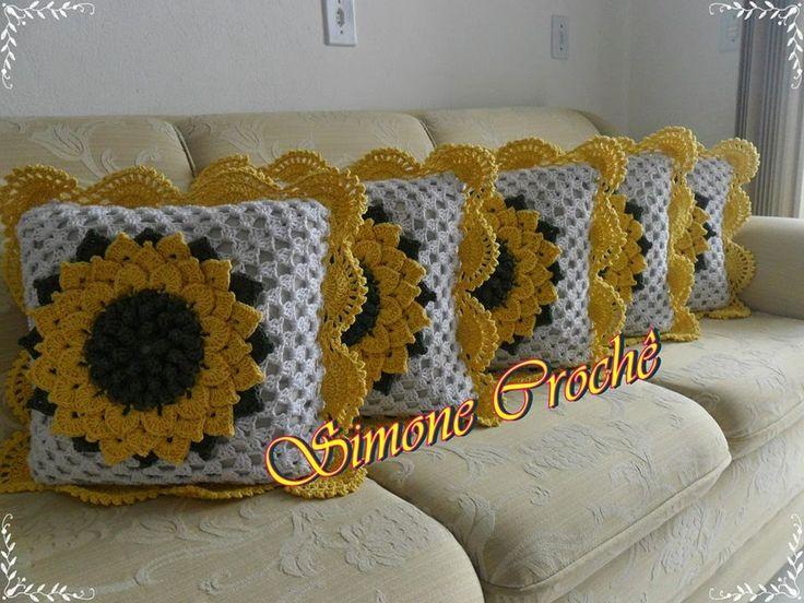 crochelinhasagulhas: Almofada de girassol em crochê