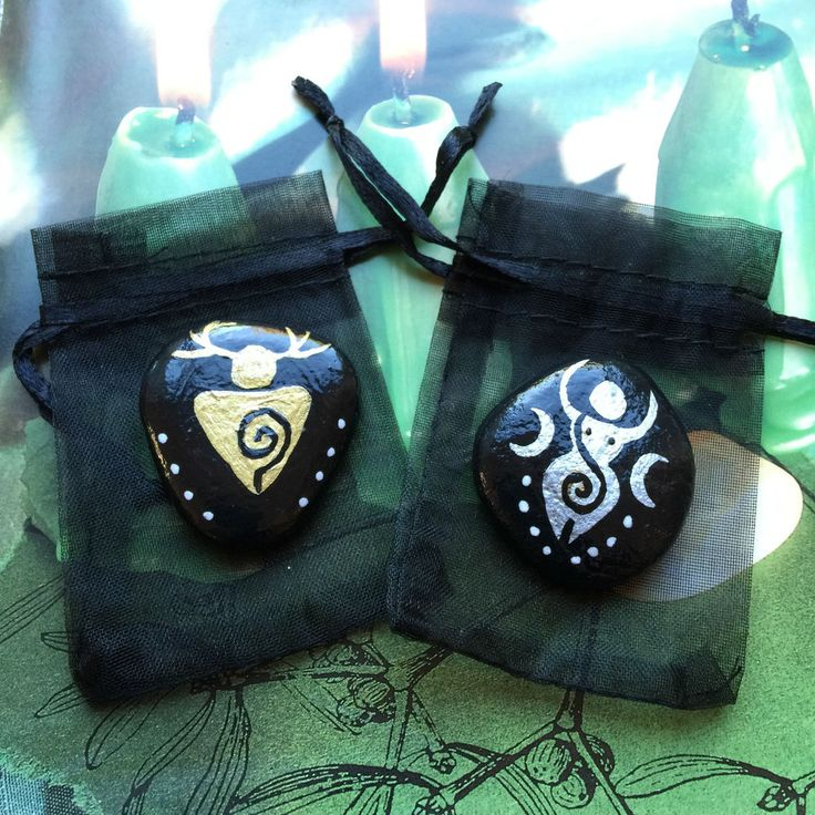 Pocket Spiral GOD GODDESS Altar Stones & Pouches. CHARM Amulet Witch Wicca Pagan