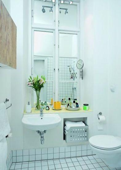 Фотография: Ванная в стиле Скандинавский, Интерьер комнат, узкое помещение, узкая комната, узкая ванная комната – фото на InMyRoom.ru