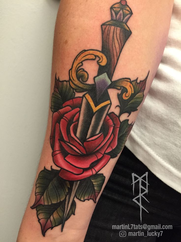 #dagger #knife #rose #roses #neotraditional #tattoo #tattoos