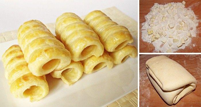 Rychlé domácí listové těsto Budeme potřebovat: 500 g hladká mouka 500 g studené máslo nakrájet na kostičky 1 lžička sůl 220 - 250 ml ledová voda (záleží na kvalitě mouky)