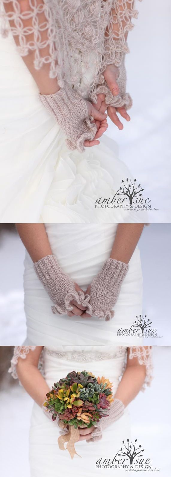 Bridal Fingerless mitten gloves with mohair. Super warm and pretty gloves for a winter wedding. Wrist warmer style wedding gloves. Perfect for bride, and as bridesmaids gifts that they can wear all winter long. Christmas wedding outfits. Available in lot colours. #gloves #bridalgloves #wintergloves #bridesmaidsgifts #bride #bridesmaids #winterwedding #affiliate #etsyfinds #giftsforher #christmaswedding