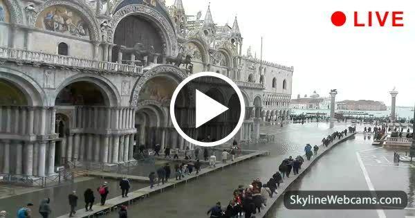 Acqua Alta in Venice live!