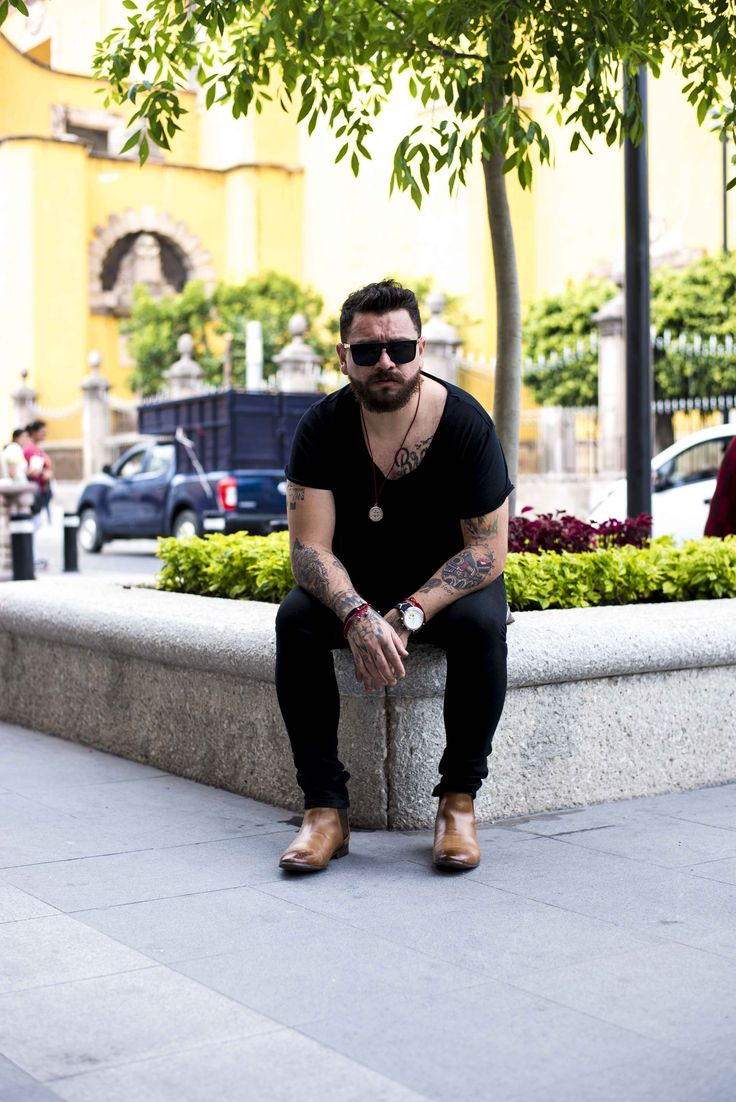 #dappermen #dappermen #menstyle #mensfashion #boots #tatto #tatuajes #beard #barber