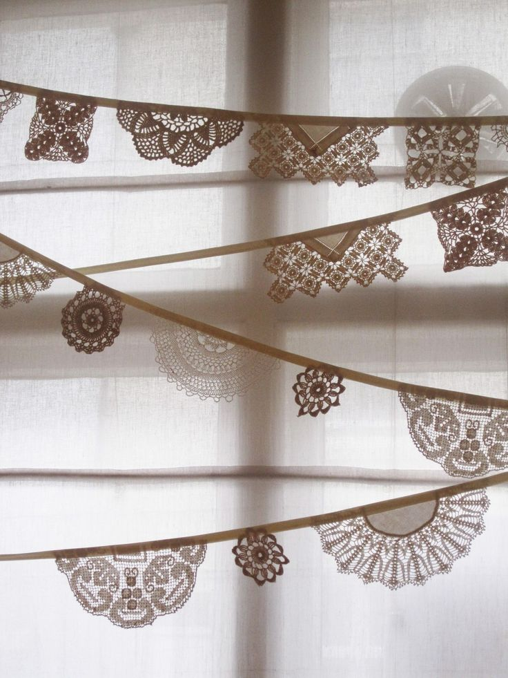 Vintage Doily Bunting, 3m long from Bunting Boutique. £28.00, via Etsy.