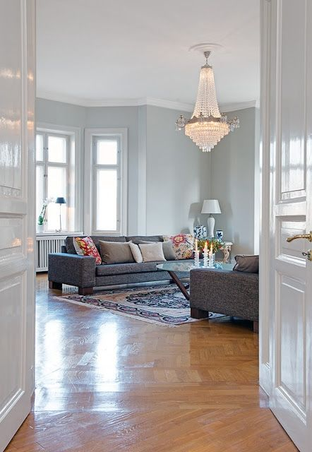 Gorgeous European apartments, today on the blog http://bit.ly/Xs7UyN