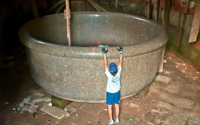 Самая большая в мире ванна