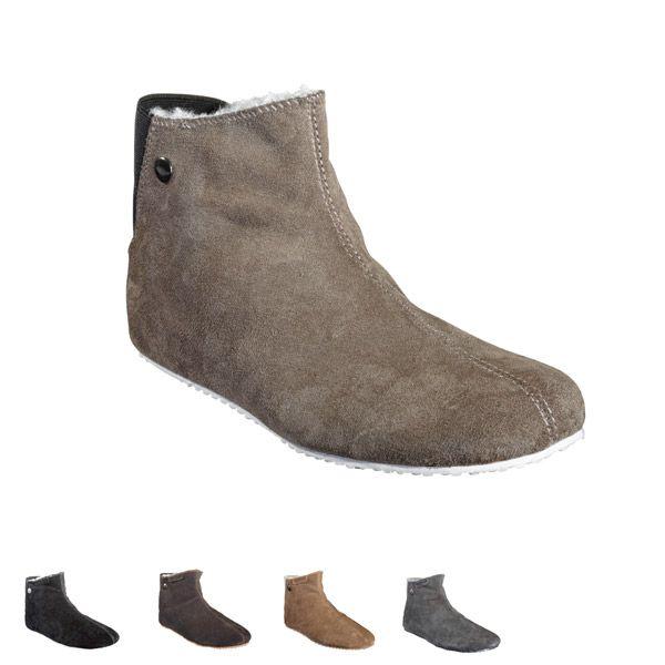 Sheepskinn slippers designed for #shepherd Fårskinnstofflor #oddbirds Jaquline