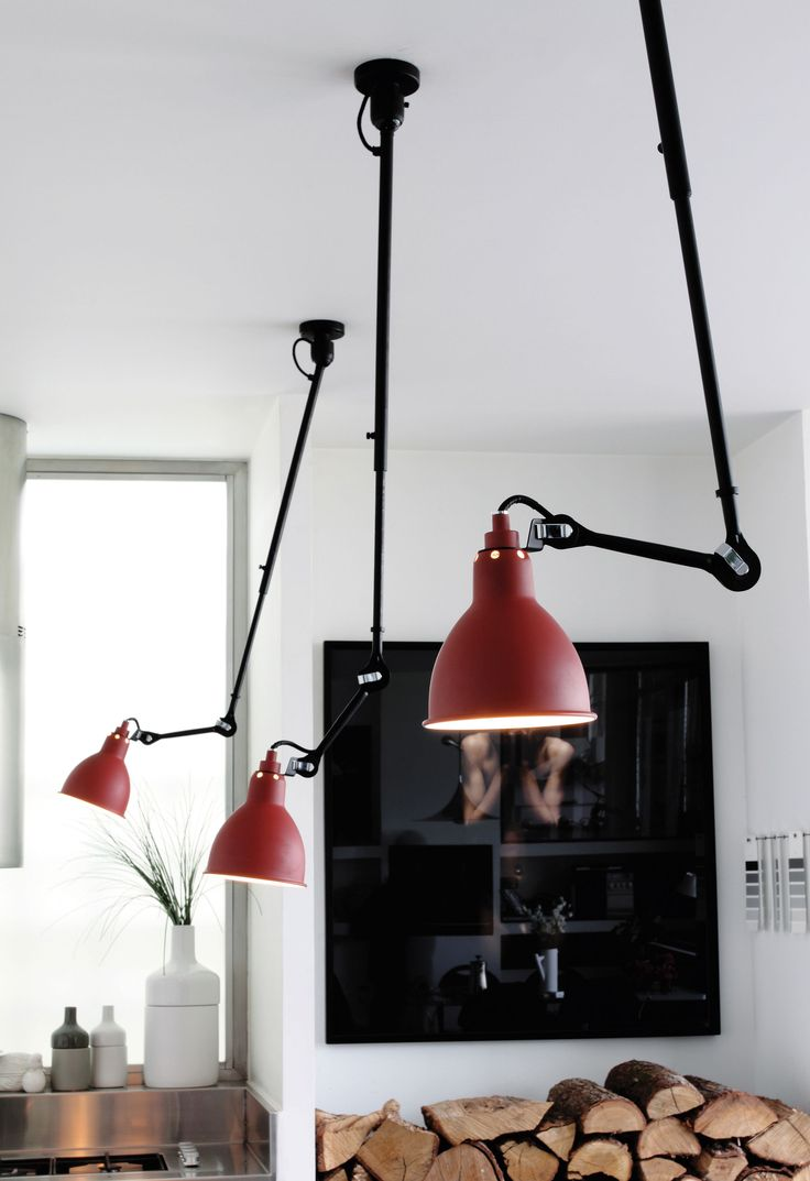 N°302 Pendant - Ceiling lamp with telescopic arm Red satin / Black by DCW éditions - Lampes Gras