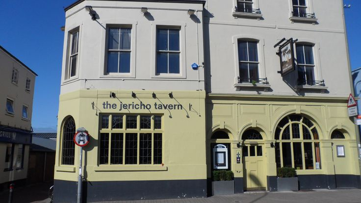 The Jericho Tavern - Ride and Radiohead both played their first gigs here