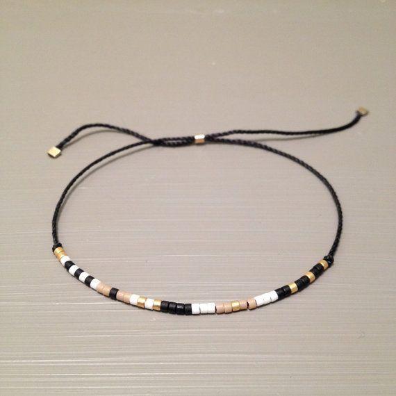 Tendance Joaillerie 2017 Tiny delicate bracelet Layering beaded silk bracelet