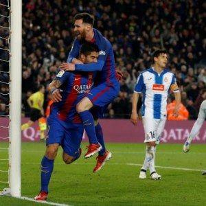 Le Barça gagne le derby contre espagnol