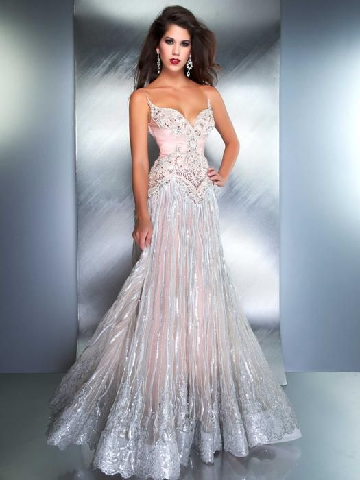 54 best Prom Dress images on Pinterest | Wedding frocks, Bridal ...