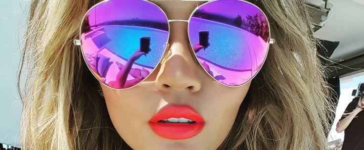 Chrissy Teigen's Poolside Look Is Our End-of-Summer #Goals