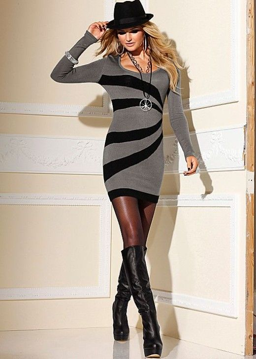 Graphic print dress in the VENUS Line of Dresses for Women