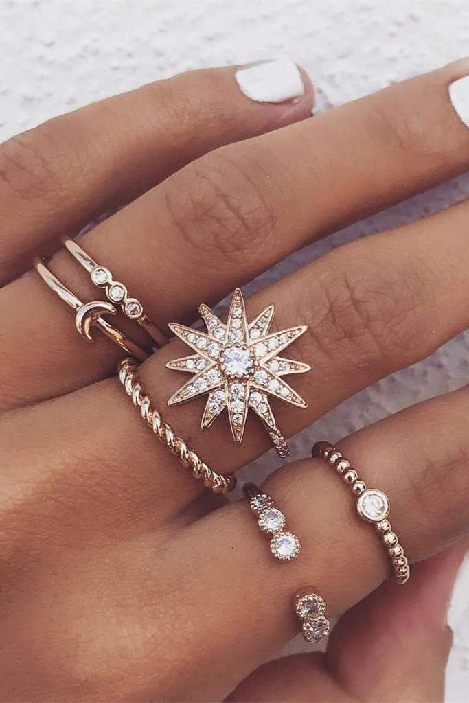 Amazing Chic rhinestone star ring in moon shape – Lupsona