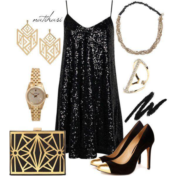 Lindo vestido preto para férias