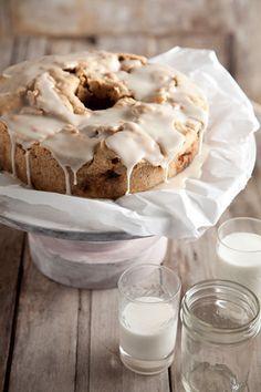 Paula Deen Uncle Bob's Fresh Apple Cake