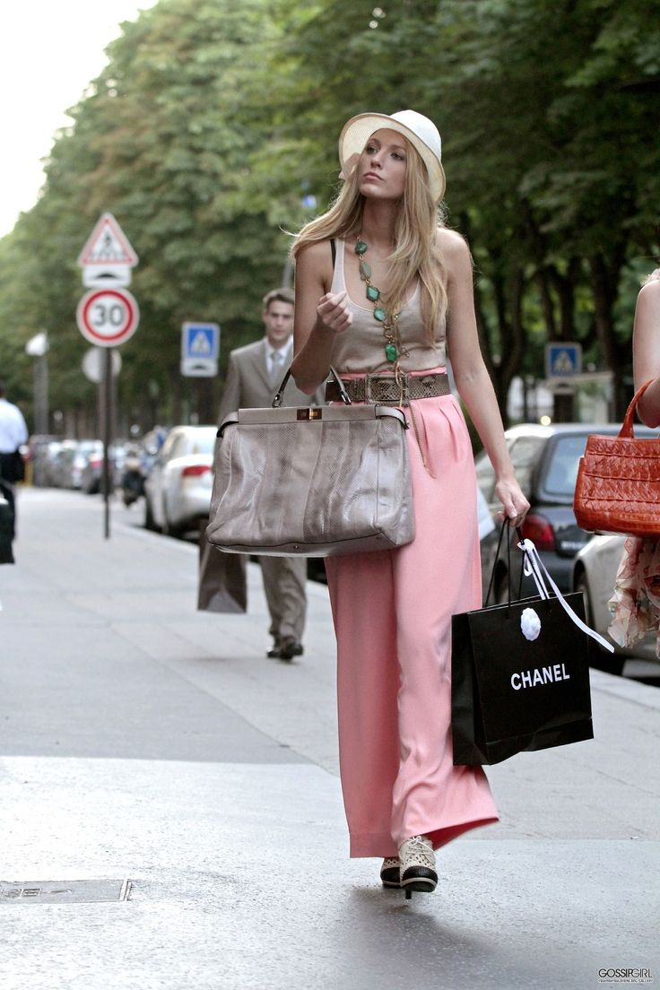 Serena In High Waisted Pink Pants Xoxo Gossip Girl Photo Dump Pinterest Paris Pink Pants