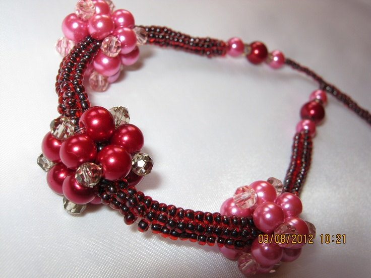 necklace with bead cubes