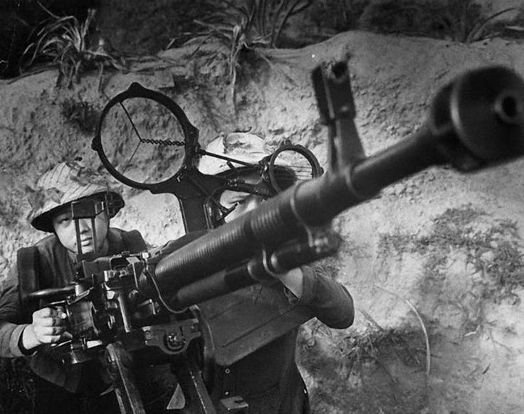 Una DShk M38 de 12,7 mm. del Viet-minh.