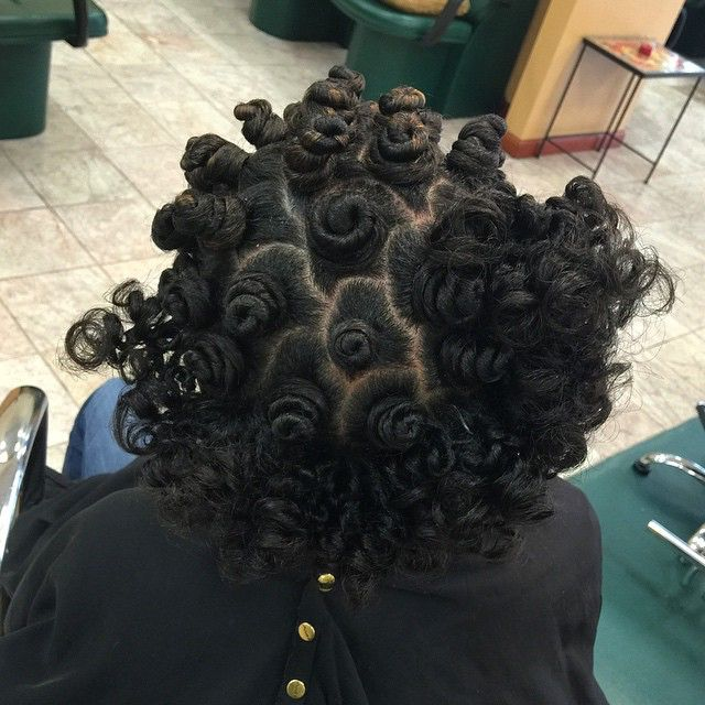 Love the process of styling Bantu Knots!  Would you keep yours knotted, wear them out, or both?  How do you feel about Bantu Knots? #bantuknots #naturalhair #salonchristol