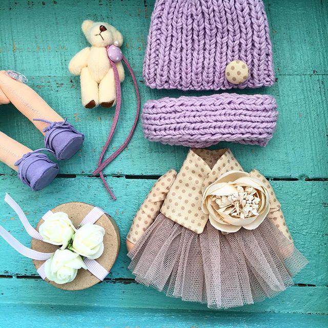 Скоро -скоро! Уже наряжаемся #tatiananedavnia #tilda #wedding #pink #pillow #МК #decor #fabrik #handmad #knitting #love #cotton #baby #кукла #шитье #выставка #шеббишик #пупс #платье #подарок #праздник #работа #ручнаяработа #сделайсам #своимируками #ткань #тильда #интерьер #интерьернаяигрушка #интерьернаякукла