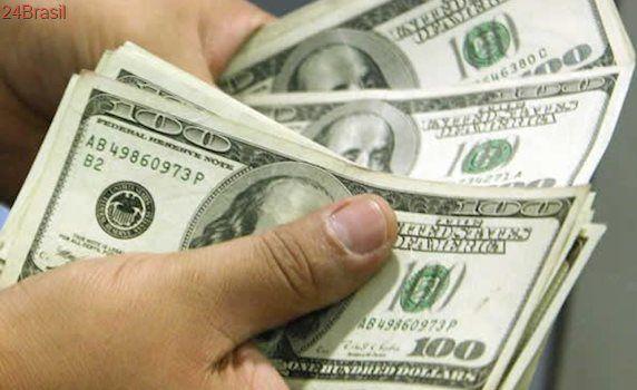 Um dia após reunião do Copom, dólar cai para menor valor em dois meses