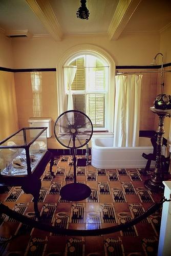 Master Bath, Hemmingway House, Key West