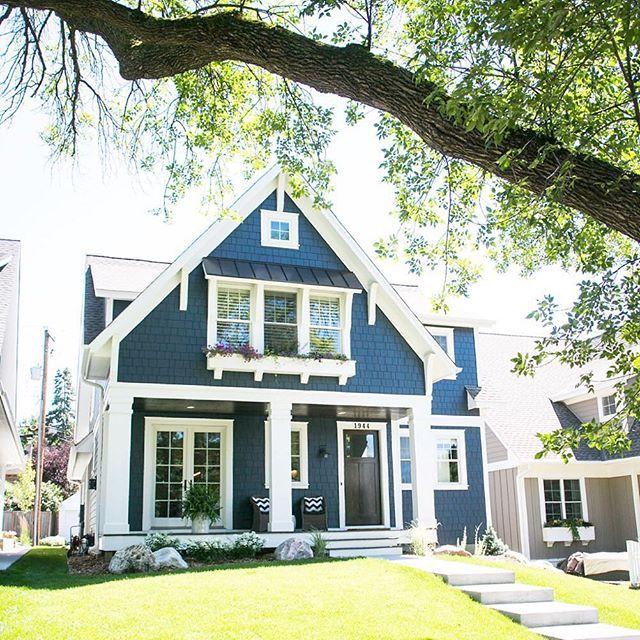 Best 25 white exterior houses ideas on pinterest white siding white siding house and home - Exterior paint blue decoration ...