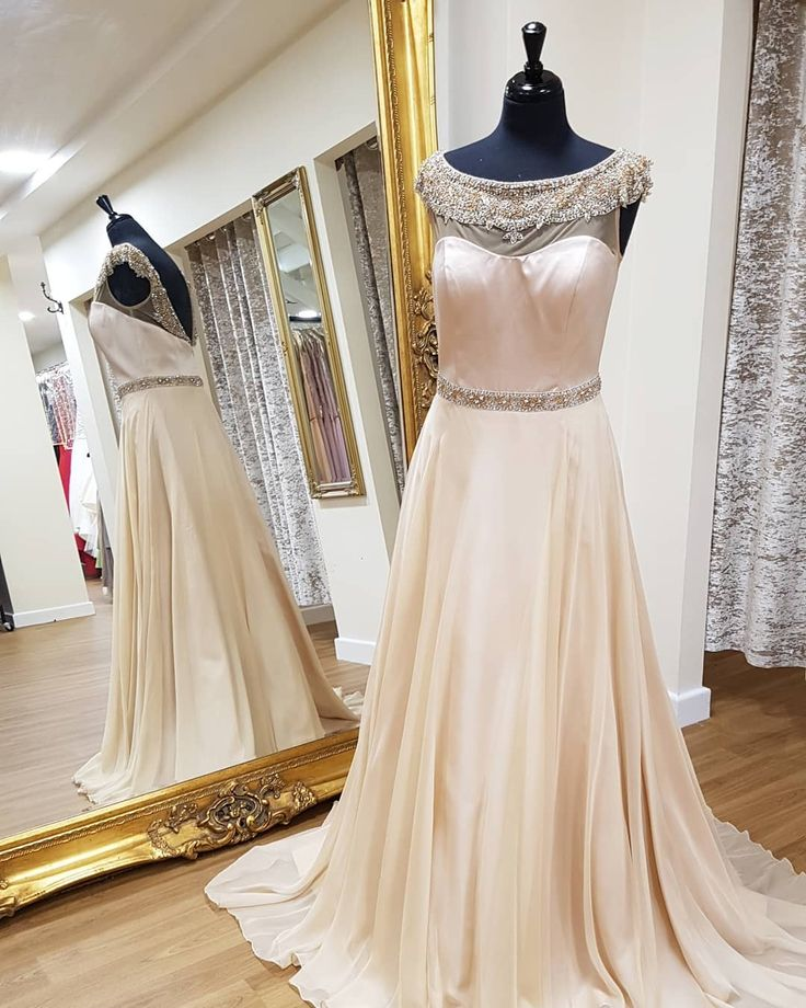Turn heads at your prom in this gorgeous nude Sherri Hill gown!! Make sure you like our post so you keep seeing our updates&dresses! #prom #promdress #prom2018 #promdresses #promfashion #promqueen #dress #pageantdress #pageantgirluk #promdress2018 #redcarpet #redcarpetfashion #eveninggown #macduggal #macduggalpageantgirl #jovanifashions #sherrihill #sherrihilldress #sherrihillprom #jovanidress #thedressstudio