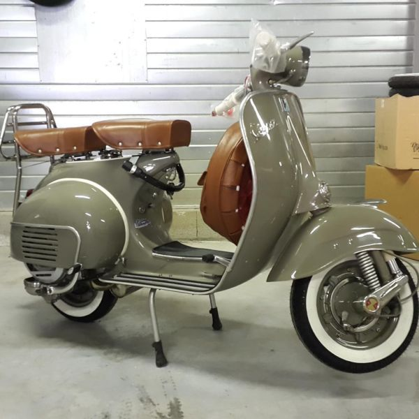 315 best vespa images on pinterest vespa scooters motor scooters and vespa lambretta. Black Bedroom Furniture Sets. Home Design Ideas