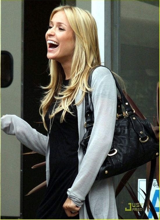 Love Kristin's long layered hair!! http://pinterest.com/NiceHairstyles/hairstyles/